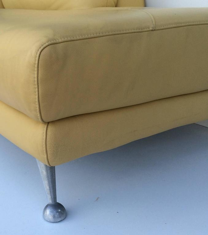 Mid-Century Modern Nicoletti Leather Chaise Lounge