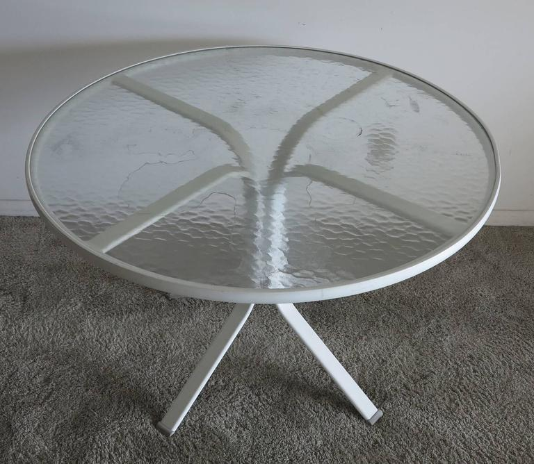 Elan collection glass top patio table by Brown Jordan. From the 1980s see my other listing for matching chairs.