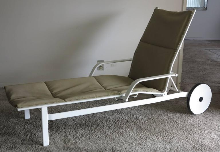 Chaise longue from the Elan collection which was sold from 1984-1988 by Brown Jordan.