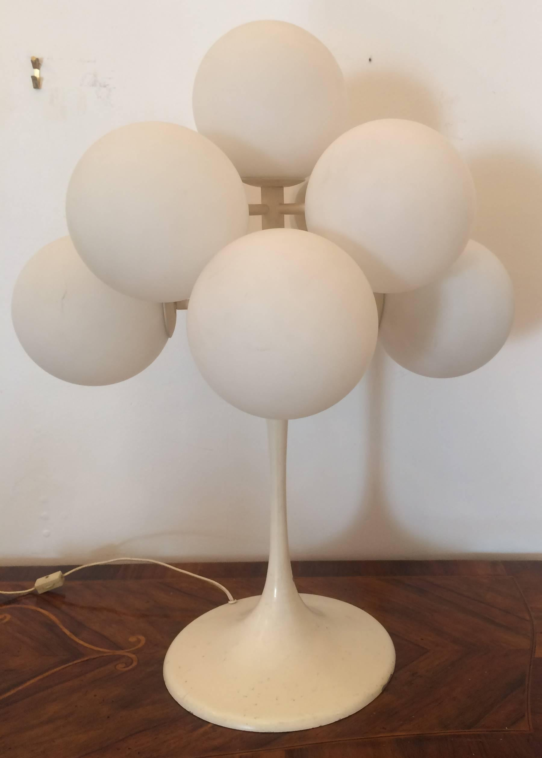 Beautiful Mid Century Modern Bill Max Nine Ball Table Lamp For Sale
