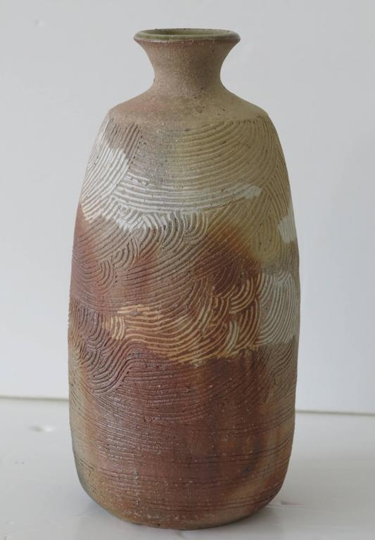 Japanese Incised Art Pottery Vase, Chop Mark In Good Condition For Sale In West Palm Beach, FL