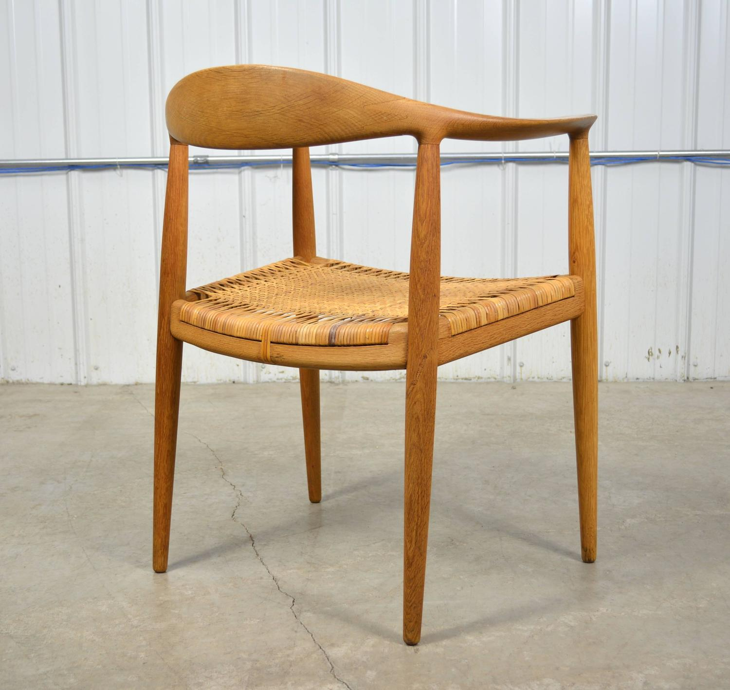 Hans Wegner Round Chair In Oak And Cane At 1stdibs. Full resolution  image, nominally Width 1500 Height 1417 pixels, image with #4B270B.