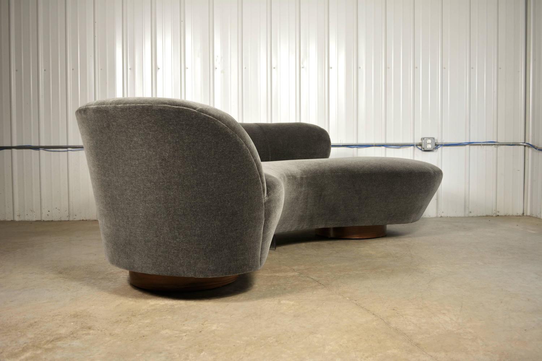 Vladimir Kagan Sofa For Sale At 1stdibs
