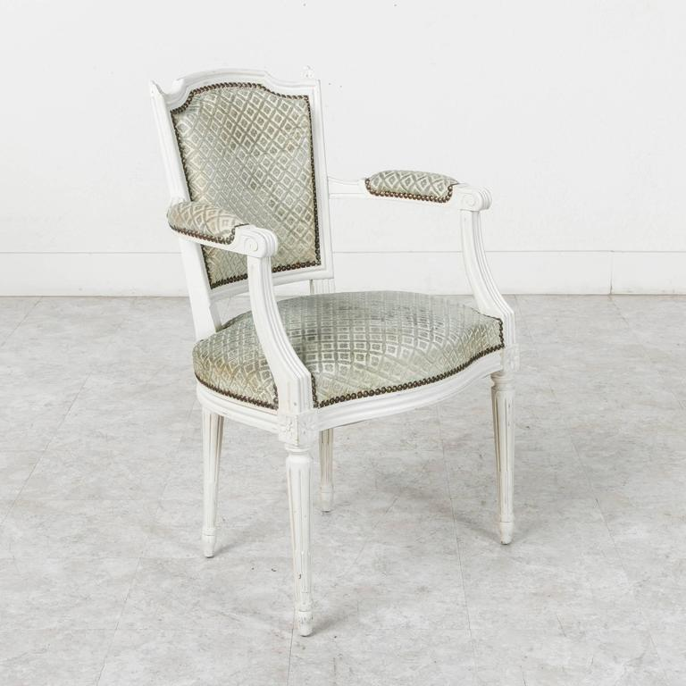 Wood Set of Louis XVI Style Dining Chairs Painted White with Nailhead Upholstery For Sale
