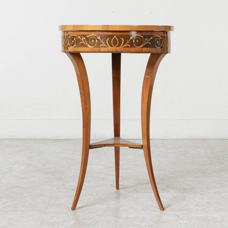 19th Century Biedermeier Marquetry Vanity Table Jewelry Table Side Table In Excellent Condition For Sale In Fayetteville, AR