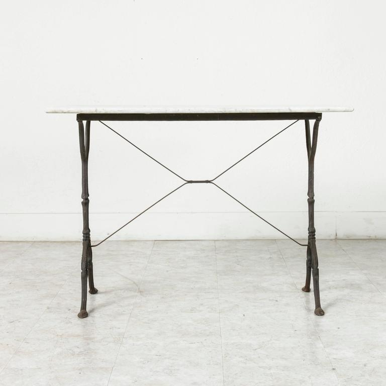 Mid 20th century iron bistro table cafe table garden for Mid century bistro table