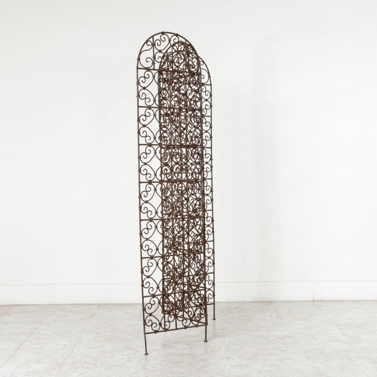 Hand-Forged Moroccan Iron Folding Screen, Room Divider, Garden Screen In Excellent Condition For Sale In Fayetteville, AR