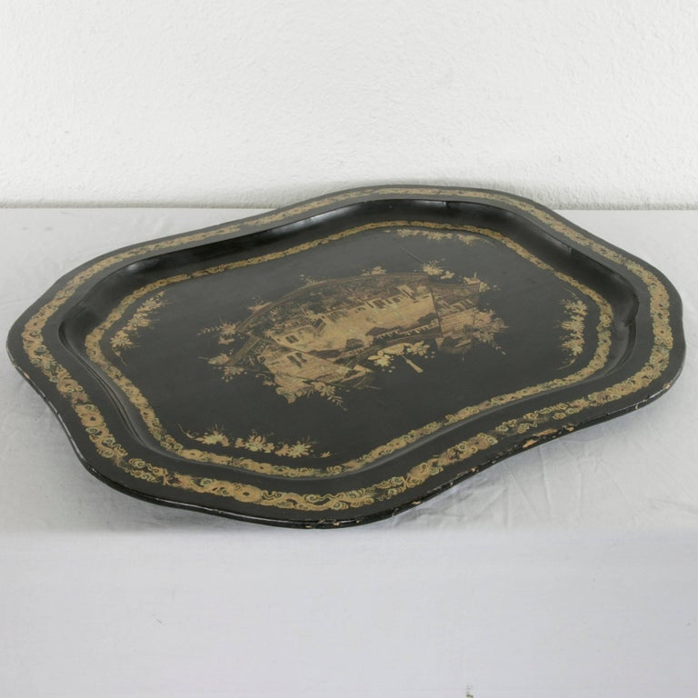 Large 19th Century Chinese Export Black Lacquer Wooden Serving Tray For Sale 2