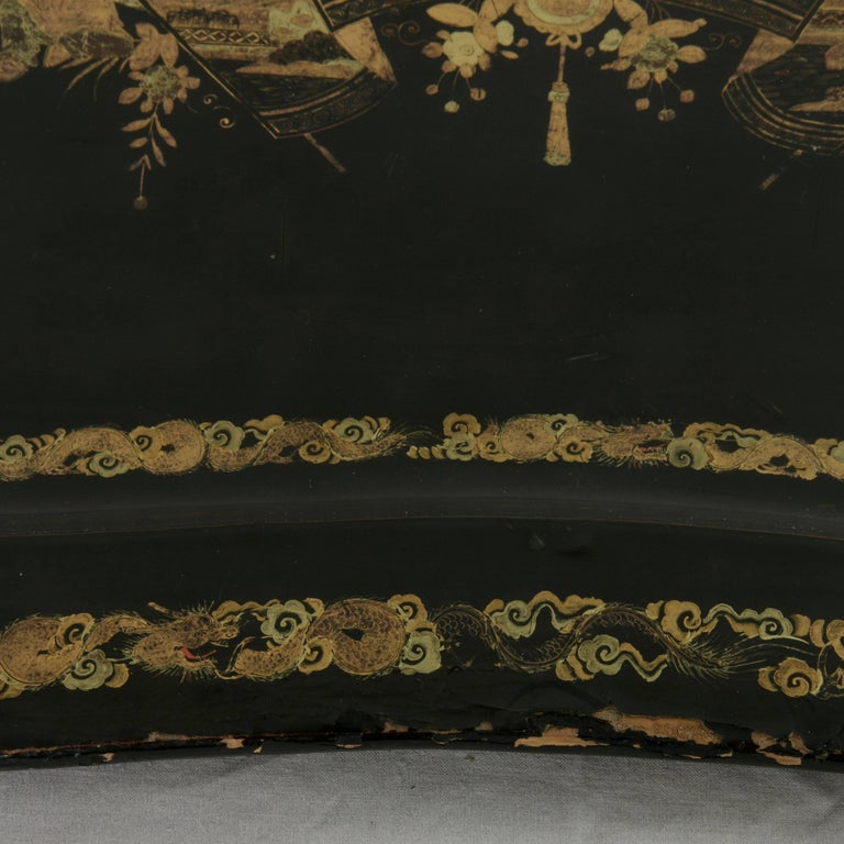 Napoleon III Large 19th Century Chinese Export Black Lacquer Wooden Serving Tray For Sale