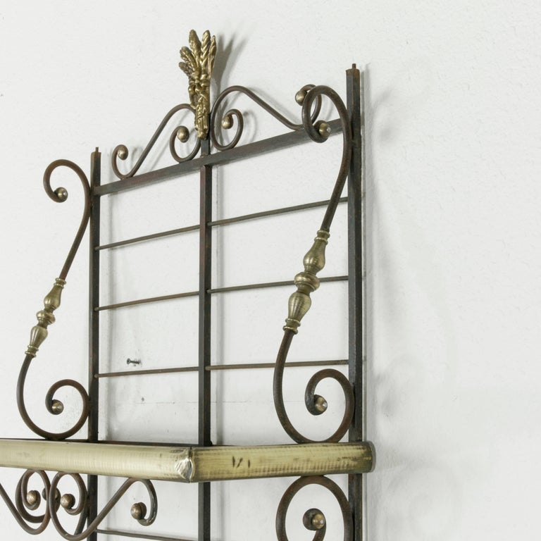 Mid-20th Century French Iron Baker's Rack with Brass Trim and Shock of Wheat For Sale 3