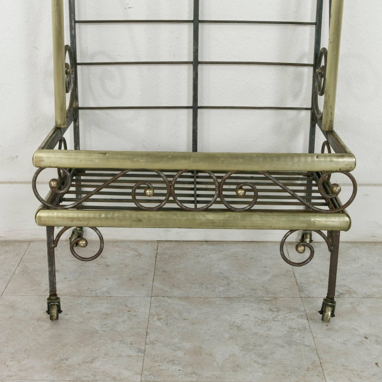 Mid-20th Century French Iron Baker's Rack with Brass Trim and Shock of Wheat For Sale 7