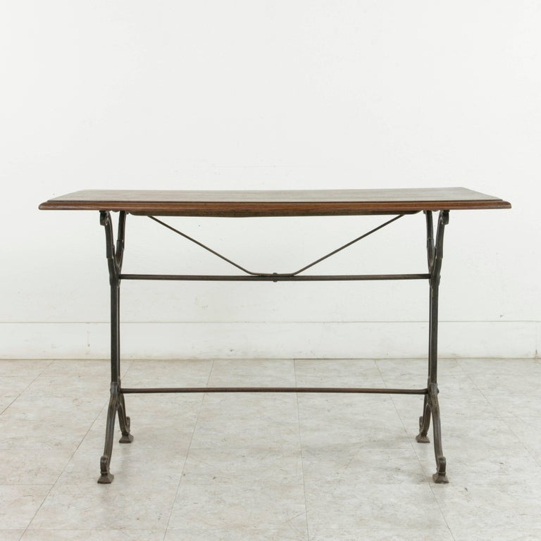 French Art Nouveau Period Cast Iron Bistro Table with Oak Top, circa 1900 For Sale 4