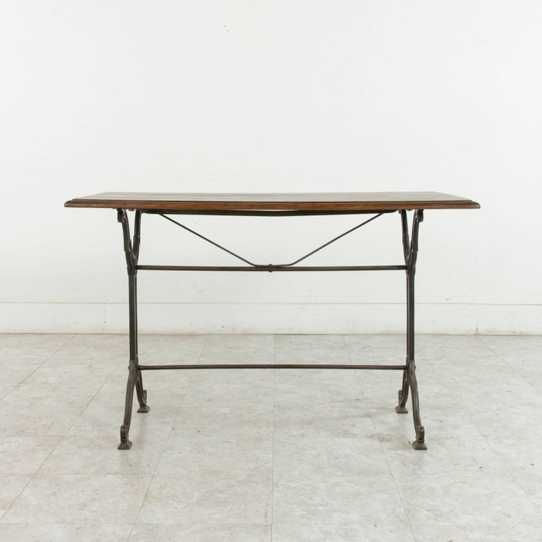 French Art Nouveau Period Cast Iron Bistro Table with Oak Top, circa 1900 For Sale 3