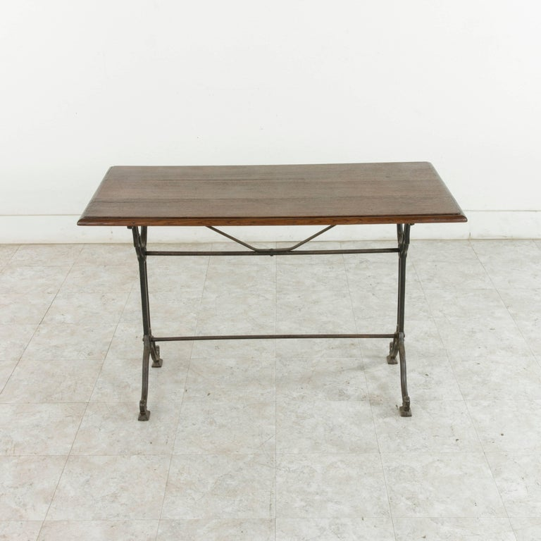 French Art Nouveau Period Cast Iron Bistro Table with Oak Top, circa 1900 For Sale 1
