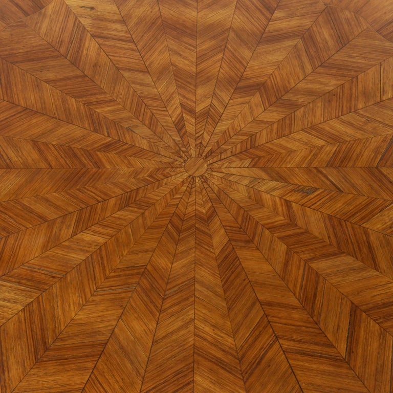 Early 20th Century French Louis XV Style Walnut Marquetry Coffee Cocktail Table For Sale 6