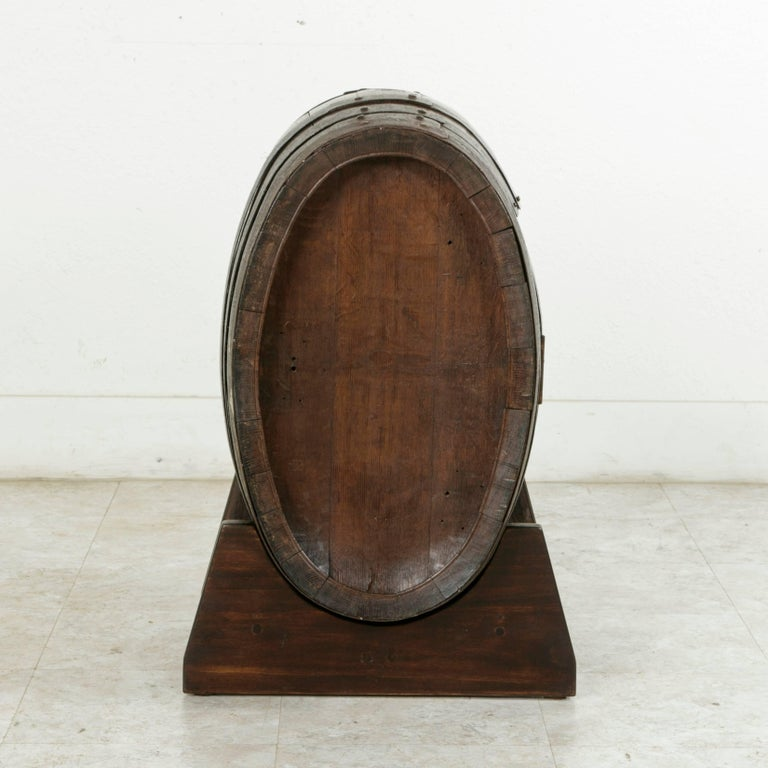 Early 20th Century Artisan Made Oak Calvados Barrel Dry Bar on Stand In Excellent Condition For Sale In Fayetteville, AR