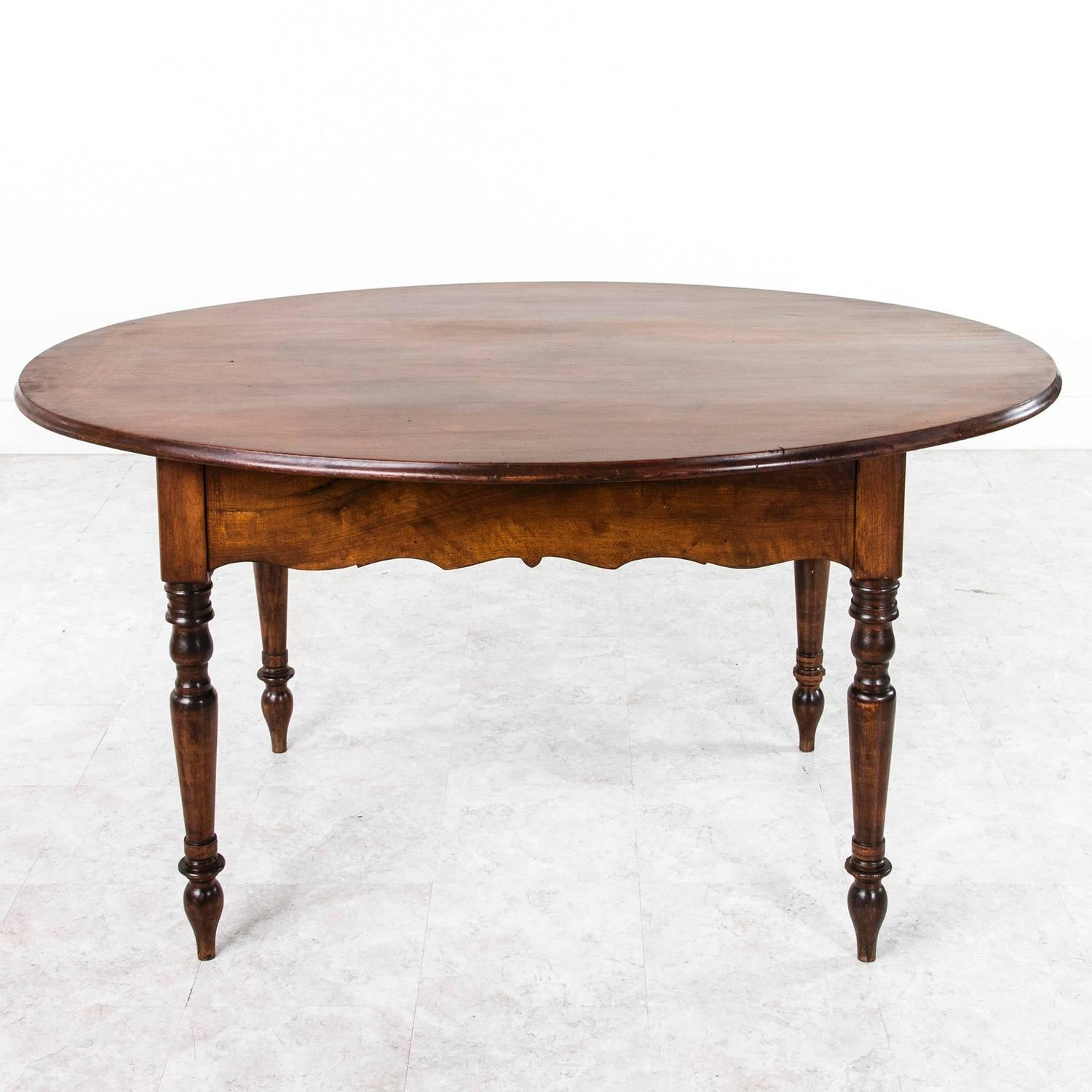 Louis philippe period oval walnut dining or breakfast for Oval dining room table