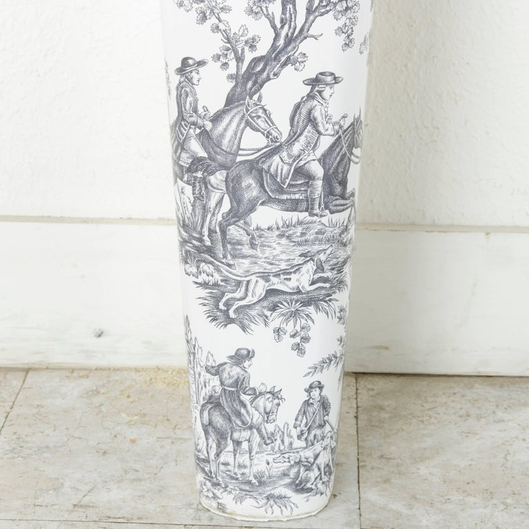 Rare Mid-20th Century French Porcelain Of Paris Toile