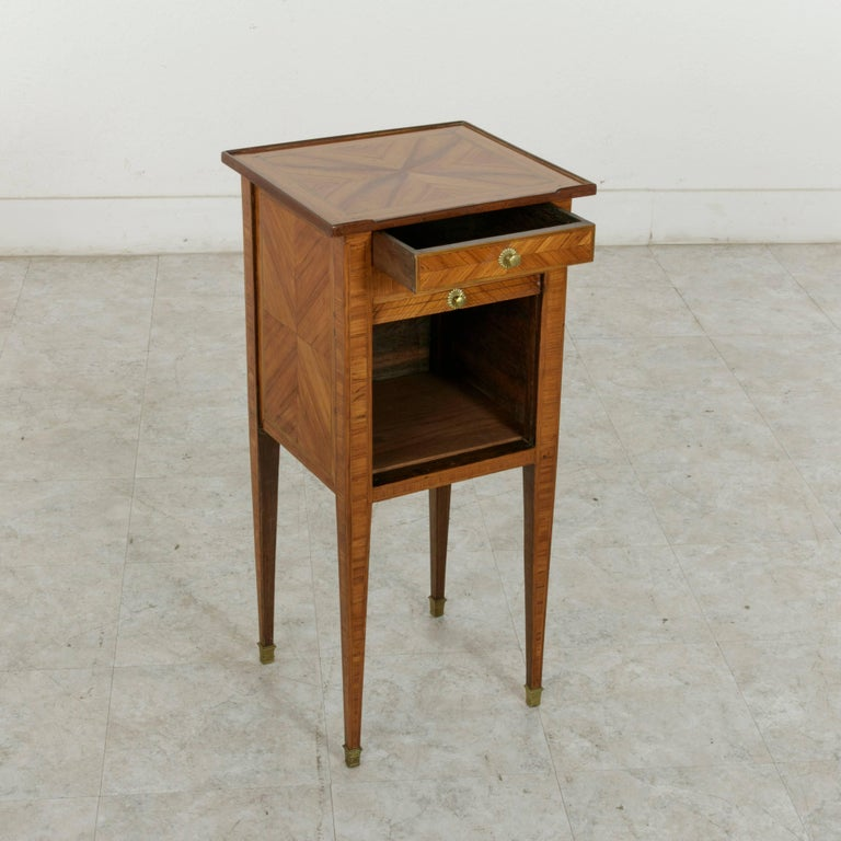 18th Century French Louis XVI Period Rosewood Marquetry Nightstand or Side Table For Sale 6