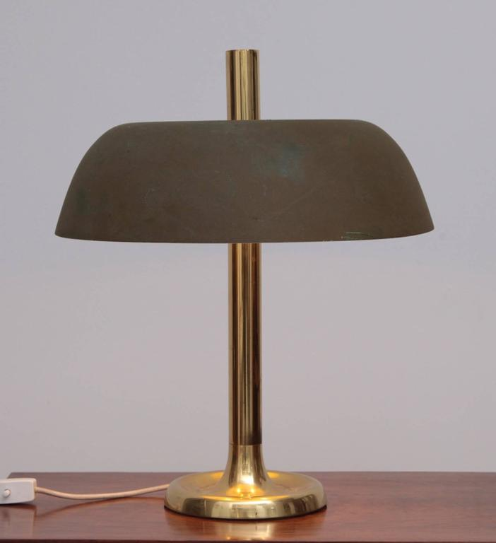 Beautiful Hillebrand Br Table Lamp In Nice Vintage Condition With Patina And Some Scratches On The