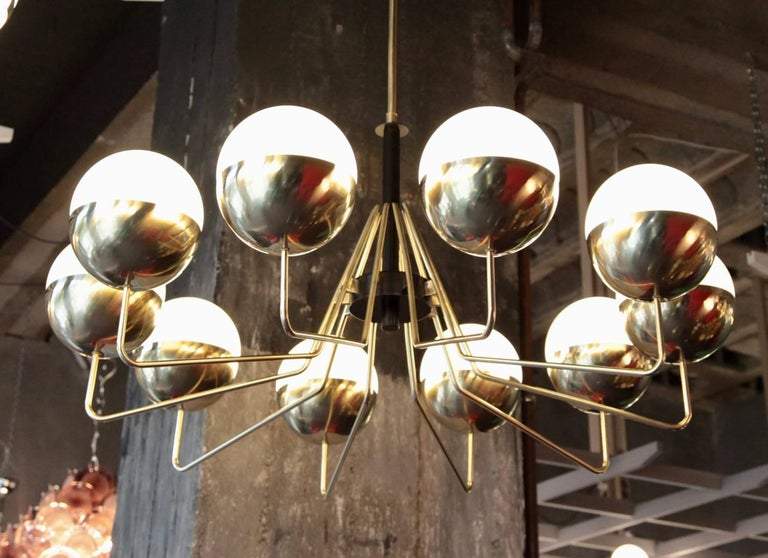 1 of 2 Monumental Sputnik Brass and Glass Chandelier in the Manner of Stilnovo In Excellent Condition For Sale In Berlin, DE