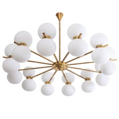 Exceptional Large Murano Glass and Brass Chandelier in the Manner of Stilnovo