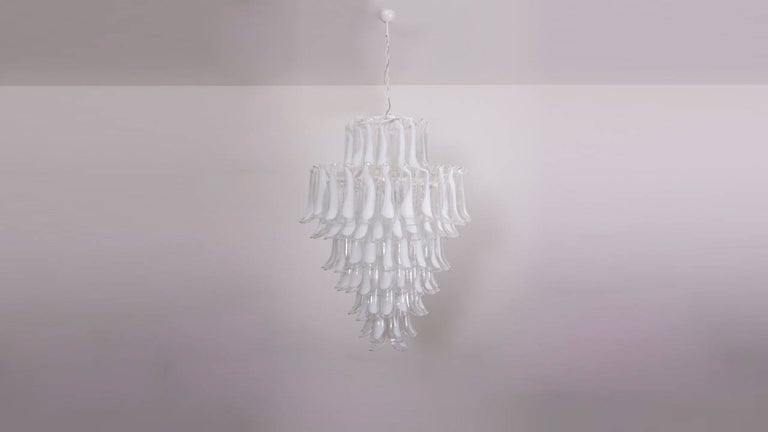 Hollywood Regency Oversized Murano Glass Tulipani or Feather Chandelier Attributed to Mazzega For Sale