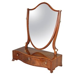 George III Period Mahogany Toilet Mirror of Classic Hepplewhite Style