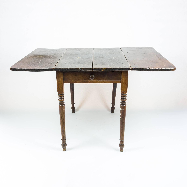edwardian drop leaf kitchen table at 1stdibs. Black Bedroom Furniture Sets. Home Design Ideas