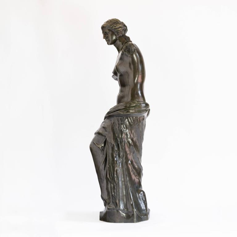 European Bronze of Venus De Milo, c.1900 For Sale