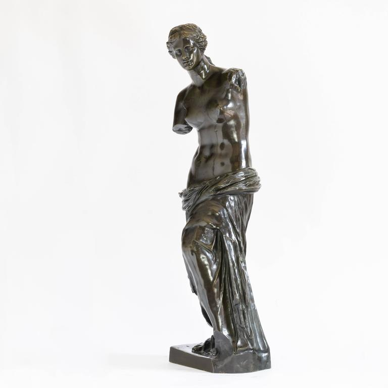 Cast Bronze of Venus De Milo, c.1900 For Sale