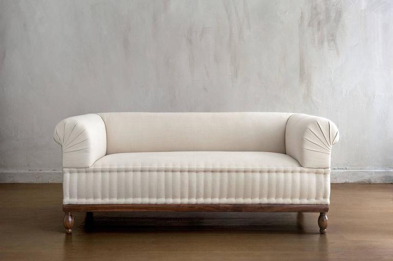 Contemporary Brampton Sofa Pleated Custom and Made to  : BramptonSofaPleated5l from www.1stdibs.com size 768 x 511 jpeg 28kB