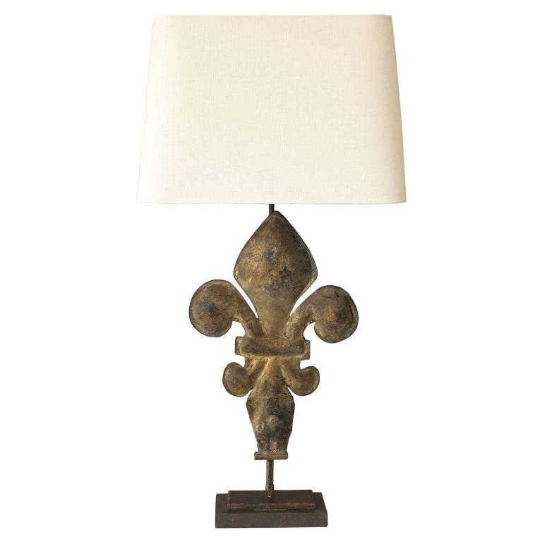 Gilt Tole Fleur-de-Lis Table Lamp