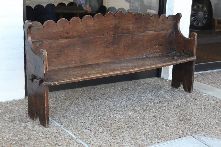 Early 18th Century Italian Chestnut Bench For Sale 3