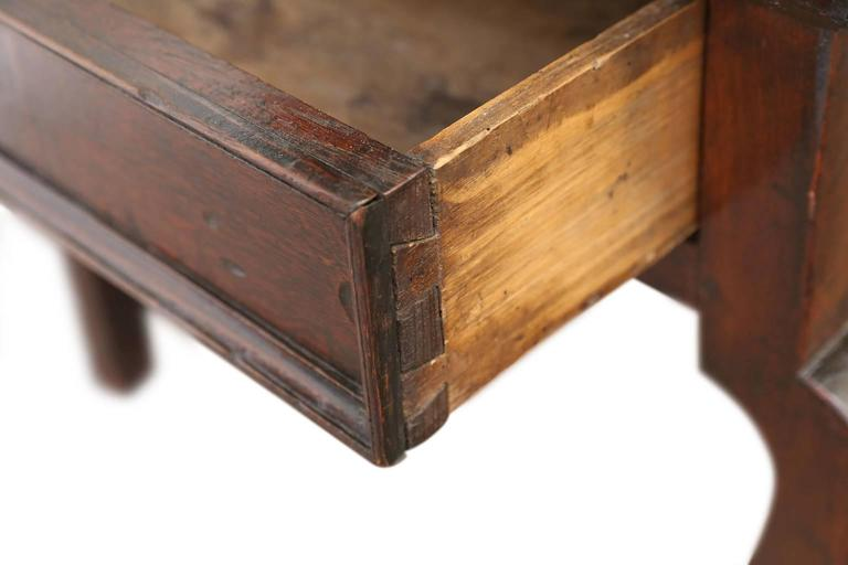 English Oak Side Table For Sale 1