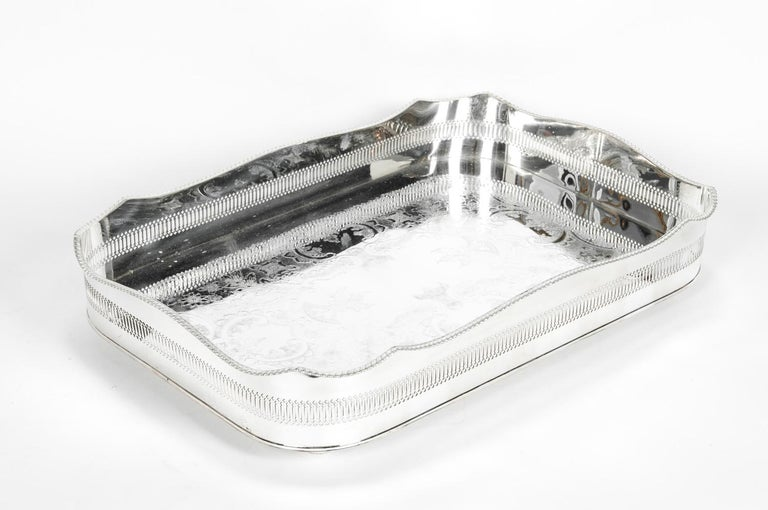 English Silver Plated High Bordered Gallery Barware Tray For Sale 1