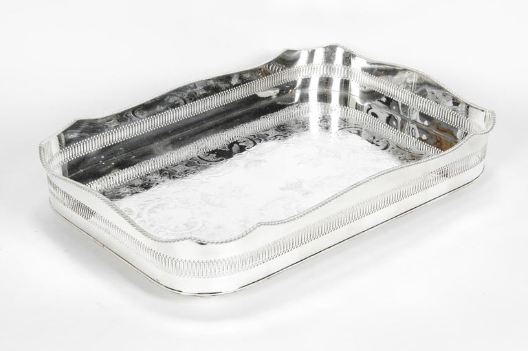 English Silver Plated High Bordered Gallery Barware Tray For Sale 2