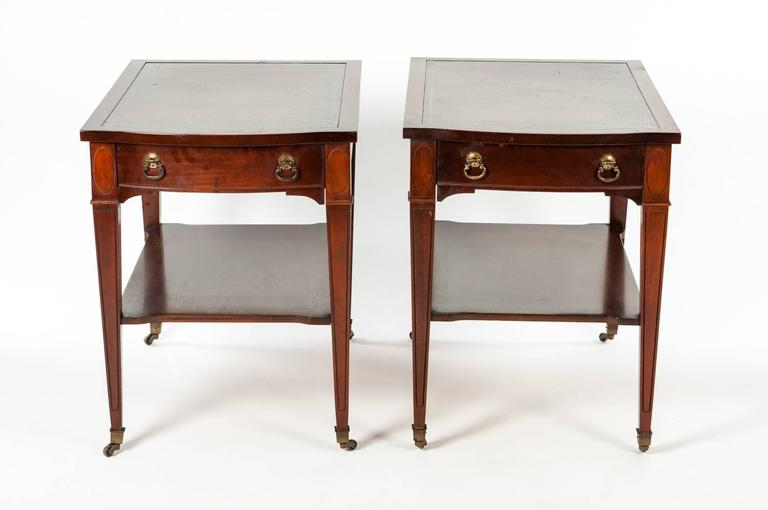 Vintage Pair Of Side End Tables With Leather Top In Excellent Condition For