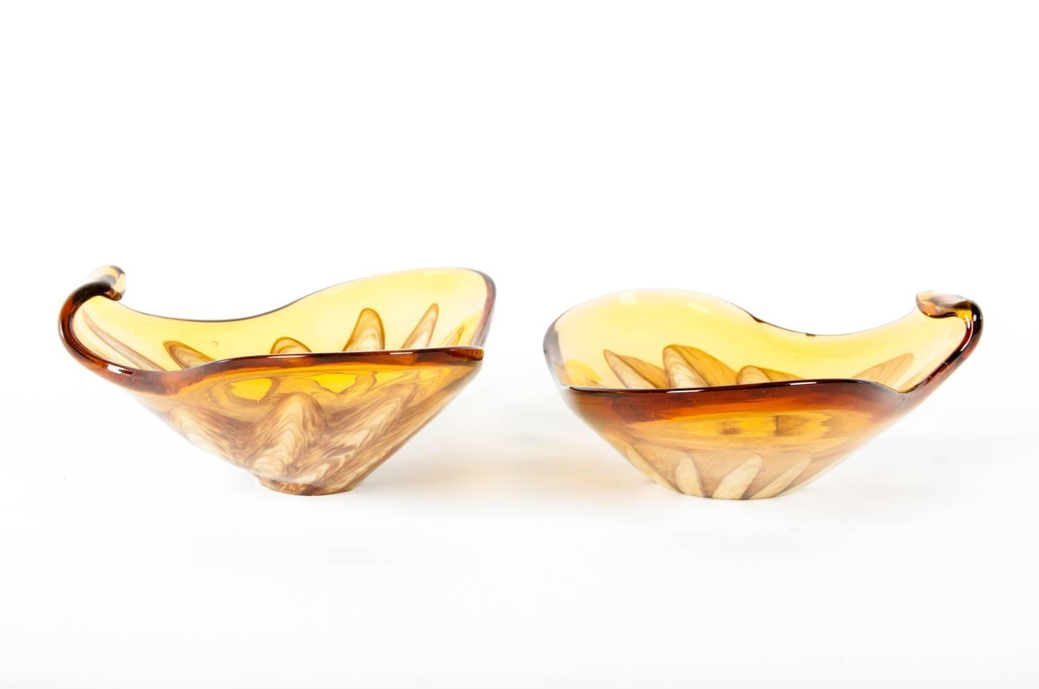 Modern Decorative Pieces Of Mid Century Modern Murano Glass Pair Of Decorative Pieces