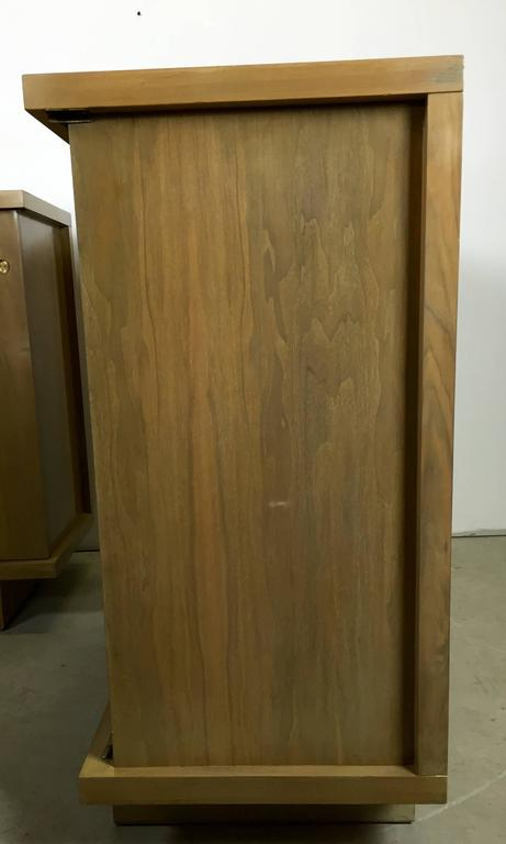 Large Pair of Matching Chests in Bleached Walnut In Good Condition For Sale In Asbury Park, NJ