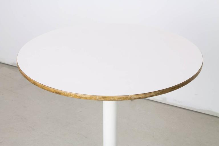 Mid-Century Modern 'Swag Leg' #5451 Occasional Table by George Nelson for Herman Miller For Sale