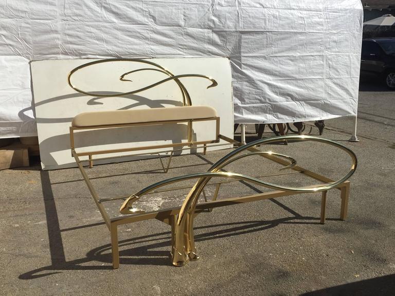 Swan Motif Art Nouveau Style Brass King-Size Bed For Sale 2