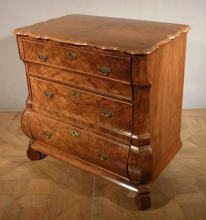 dutch louis xiv commode for sale at 1stdibs. Black Bedroom Furniture Sets. Home Design Ideas