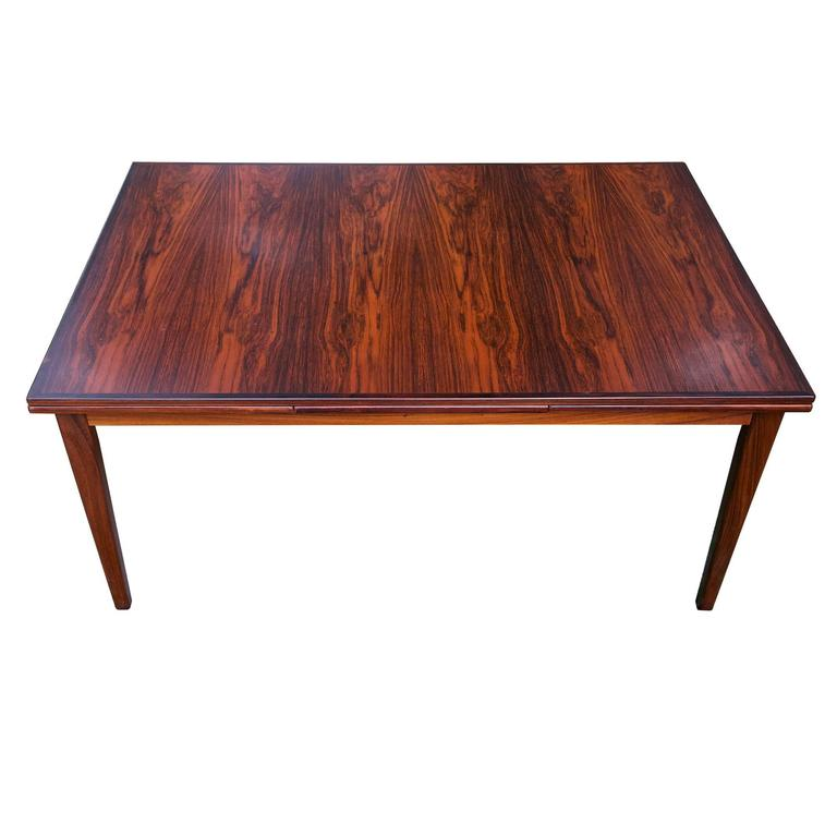 Great Scandinavian Modern Brazilian Rosewood Danish Dining Table For Sale