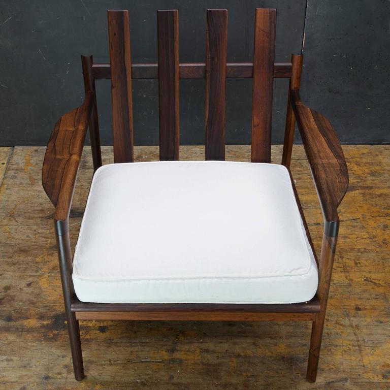 Lacquered 1950s Kofod-Larsen Brazilian Rosewood Danish Pickett Lounge Chair Mid-Century For Sale