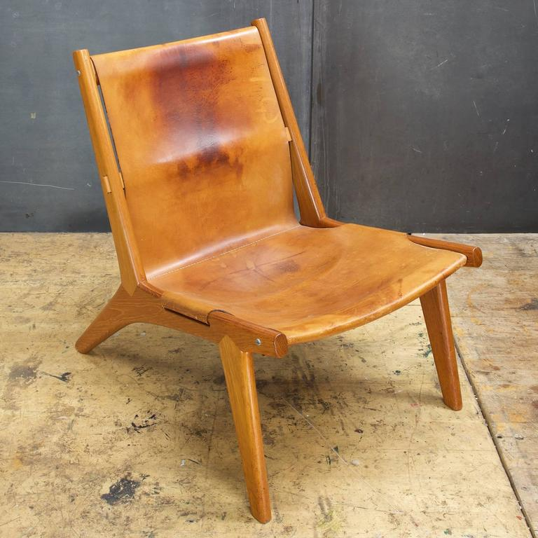 hunting lounge chair by uno u0026 osten in oak leather sling 2