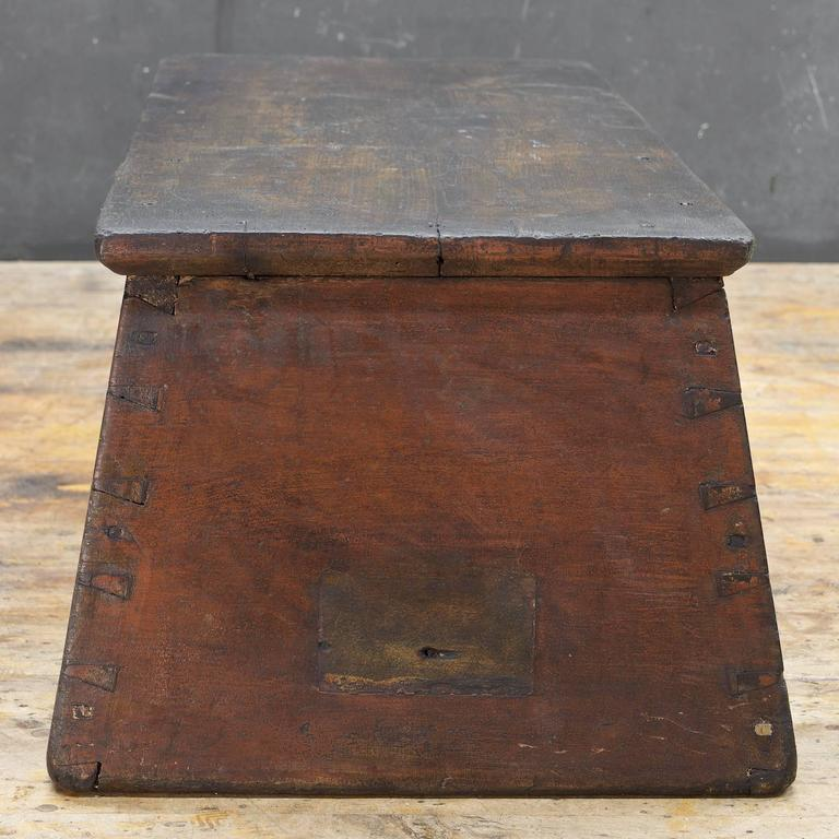 American Primitive Wooden Monolith Step or Shelf Display For Sale 1