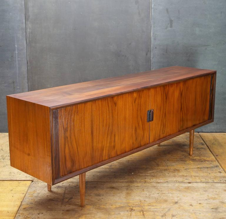 Long Danish Mid Century Rosewood Credenza Tv Media Console
