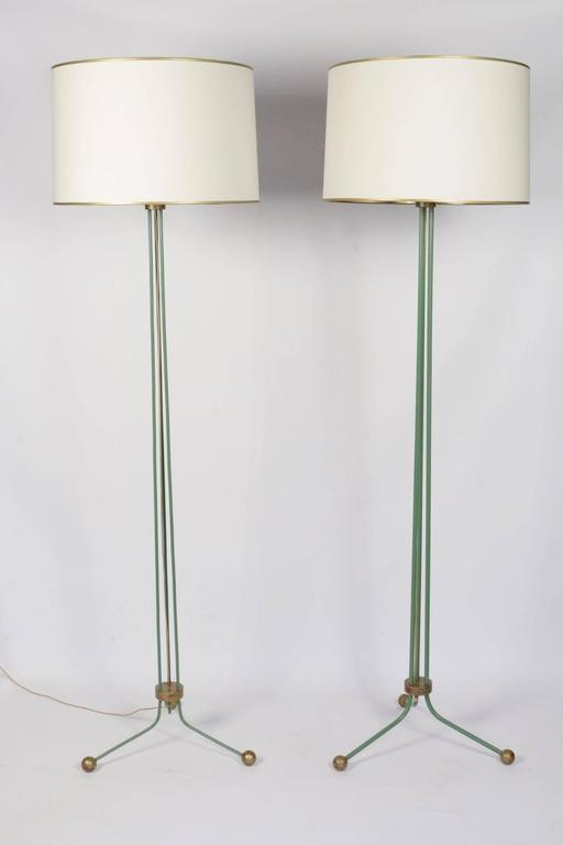 Set of two elegant lamp floor 1940, attributed to Jean Royére's creations. 