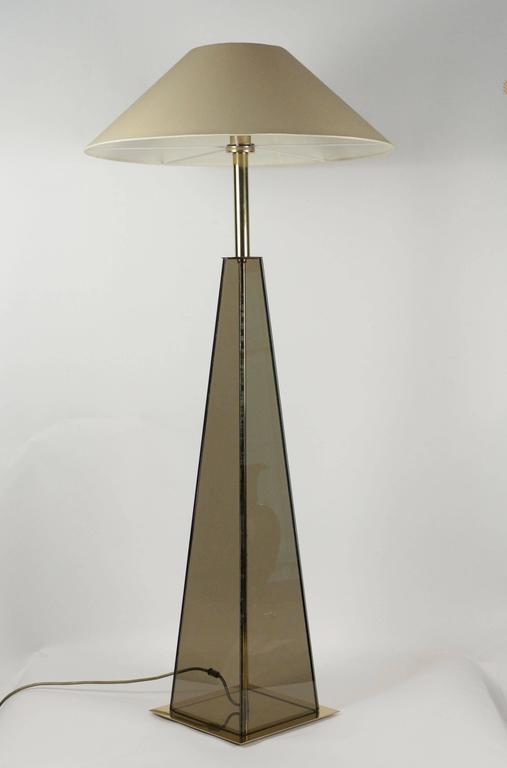 Late 20th Century Elegant Floor Lamp Made to Measure in 1970s For Sale